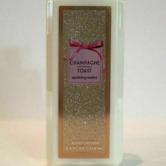 BRAND NEW ** CHAMPAGNE TOAST LOTION